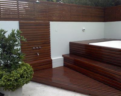 Trabajo exterior en madera deck y paredes gustavojuan for Deck de madera para exteriores